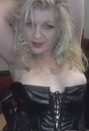 The Headmistress is in , Las Vegas call girl, Kissing Las Vegas Escorts – French, Deep, Tongue