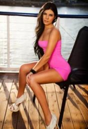 Alice, Las Vegas call girl, Kissing Las Vegas Escorts – French, Deep, Tongue